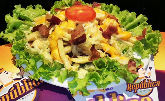 Happy Hour é na República Lancheria! 01 Porção Batata com Cheddar, Parmesão e Bacon (500g) por Apenas R$ 9,75. Consumo somente no Local! Não precisa agendar!