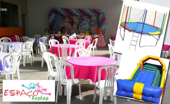 Salão de Festas (150 pessoas) + 16 Mesas + 70 Cadeiras + Fogão + Microondas + Geladeira 2 Portas + Cama elástica + Piscina de Bolinhas + Tobogã e Castelo Infláveis