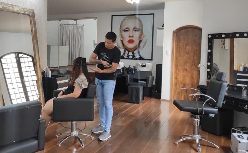 Escova Progressiva + Corte no Studio Cristiano Ribeiro!